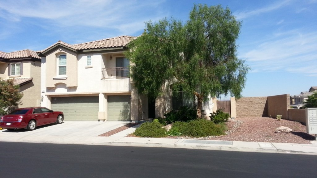 property_image - House for rent in Henderson, NV